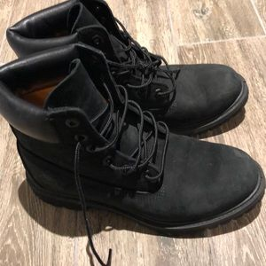 Timberlands Womens boots size 9 gently used